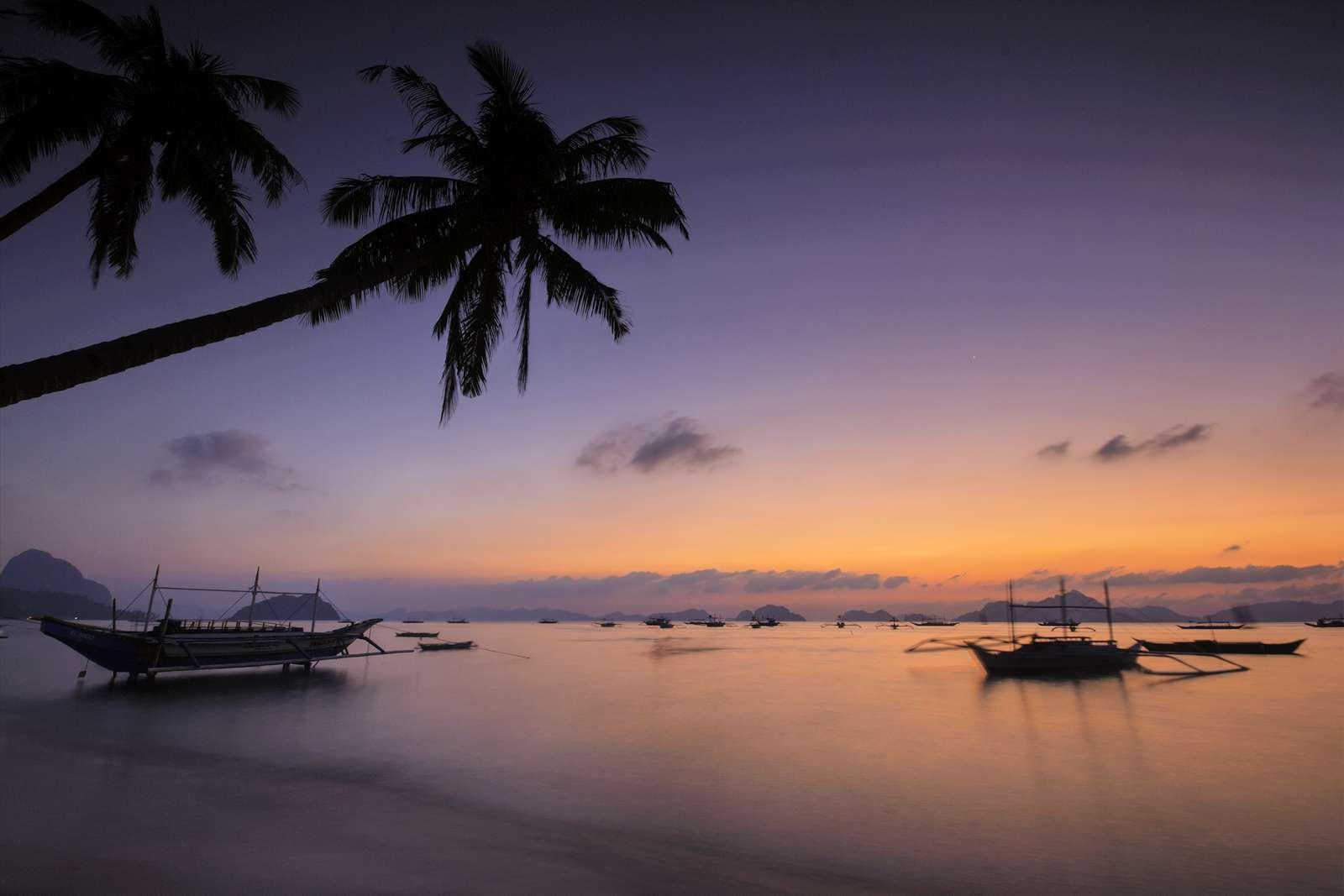 Corong Corong Beach at sunset, El Nido